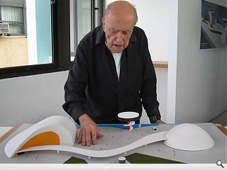 Oscar Niemeyer passes away aged 104