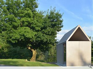 Demountable riverside shelter sprouts in Loire Valley