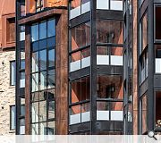 Contrasting copper cladding complements common closes