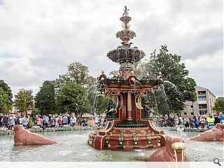 Paisley's renovated Grand Fountain picks up conservation award