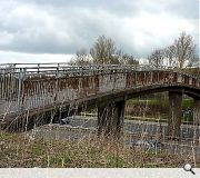 The forlorn existing footbridge has fallen into a state of disrepair