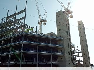 Construction sector welcomes moves to restart idle sites