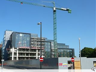 Construction output rises 1.7% in the third quarter