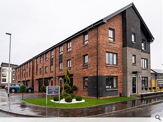 Barratt promote townhouse living in response to land constraints