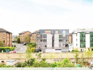 LBA lead the charge for 11 Water of Leith homes