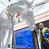 Andy Scott unveils Trinity Leeds sculptures