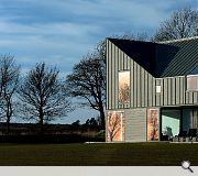 Zinc House by University of Dundee / LJR+H Chartered Architects
