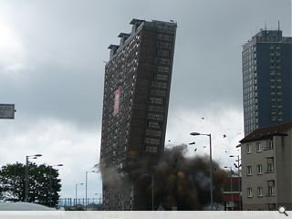 Red Road tower block razed in five seconds